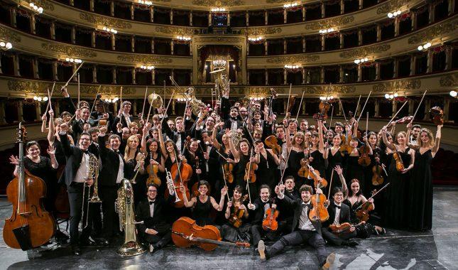 Orchestra Accademia foto di Andrea Angeli