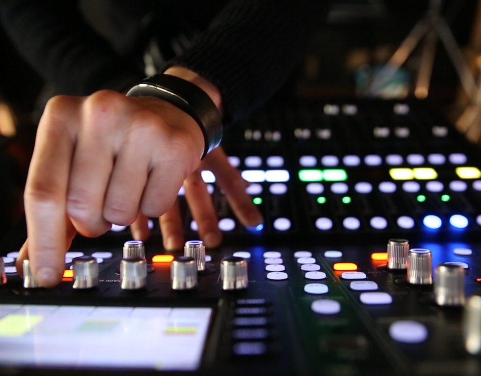 mixer audio tecnologia del suono